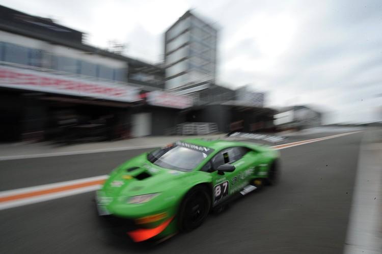 Šlēgelmilhs veiksmīgi noslēdz 'Lamborghini' sezonu