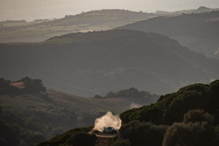 FOTO: Putekļainais un smilšainais Sardīnijas WRC rallijs