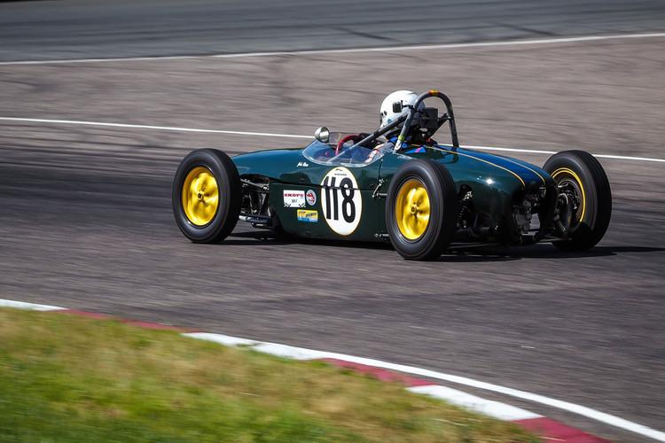 Formula Junior vēsturiskās formula automašīnas Biķernieku trasē