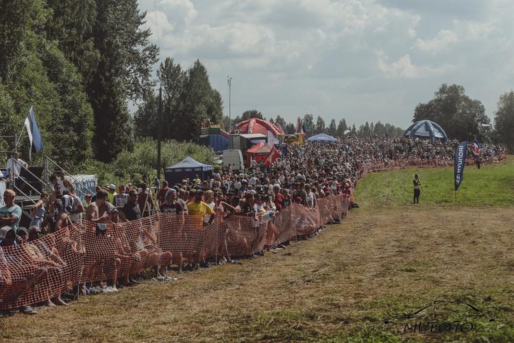 Tramplīniem bagātā Rally Estonia 1. diena