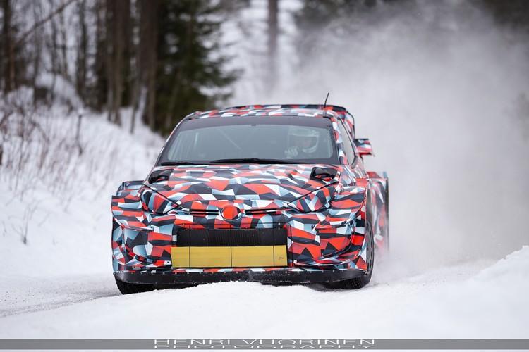 'Toyota' testē 2021.gada 'GR Yaris WRC'