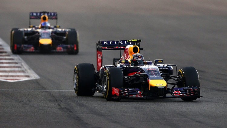 Fetels atvadās no Red Bull komandas