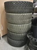 Pirelli grunts riepas