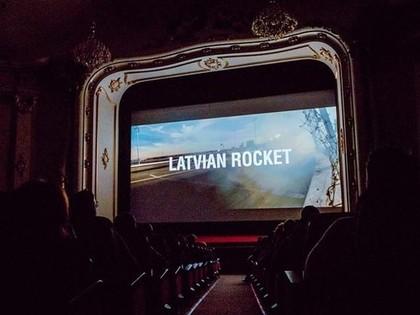 VIDEO: 'Latvian Rocket' filma par drifteri Kristapu Blušu un viņa piedzīvojumiem Amerikā