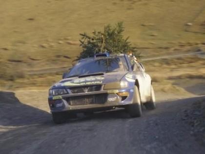 VIDEO: Pēc Ziemassvētku eglītes ar Kolina Makreja bijušo 'Subaru Impreza WRC'