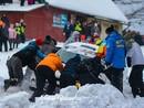 VIDEO: 'Rally Alūksne' viena ātrumposma finišā vairākas ekipāžas noskrien no ceļa