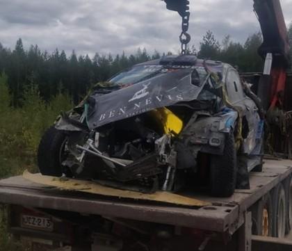 FOTO: Padons Somijas WRC testos piedzīvo smagu avāriju