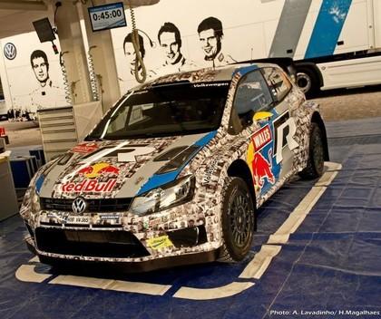 FOTO: Mikelsenam Velsas WRC rallijā asistēs 3999 stūrmaņi