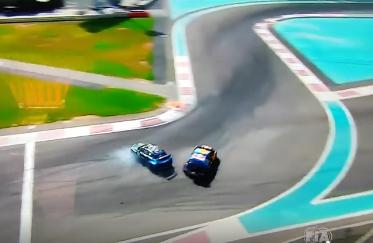 VIDEO: Bakeruds un Hansens piedzīvo pamatīgu avāriju