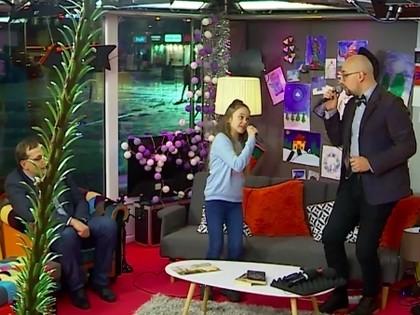 VIDEO: Talantīgā Dārta Stepanova ar Lauri Valteru laiž klajā rallijam veltītu dziesmu