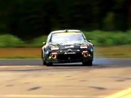 VIDEO: Rallija čempions demonstrē savas braukšanas prasmes