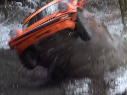 VIDEO: 'Legend Boucles à Bastogne' rallijā uz starta iziet vairāki WRC braucēji