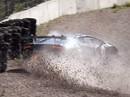 VIDEO: Batraks ar 'Lamborghini Huracan ST' pie 200 km/h liela ātruma saslīd un avarē