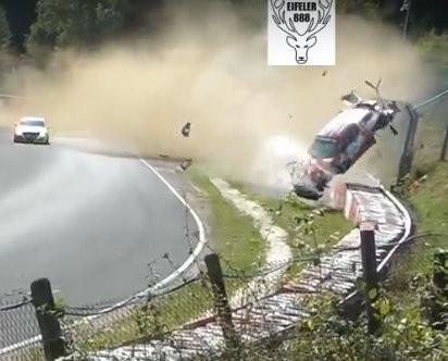 VIDEO: ASV sportists ar 'Porsche 991 GT3' uzmet desmit kūleņus