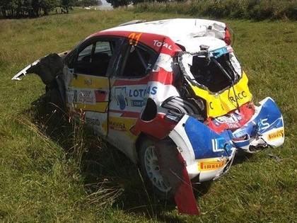 VIDEO: Spāņu ekipāža Polijas ERČ rallijā piedzīvo iespaidīgu avāriju