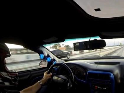 VIDEO: Dragreisa laikā aizbrauc jumts