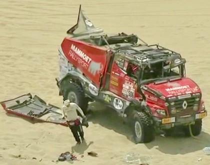 FOTO, VIDEO: Renault un MAZ smagās automašīnas avarē Dakaras rallija 2.posmā