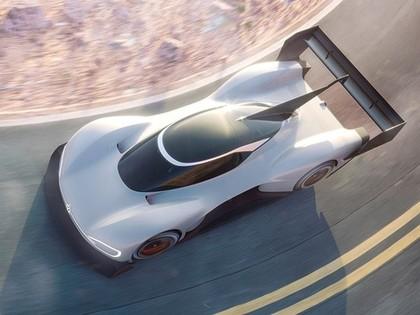 FOTO: 'Volkswagen' atrāda jauno Paikspīkas auto, ar kuru plāns pārspēt Dambja komandas rekordu