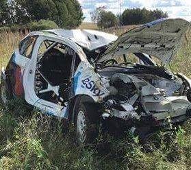 FOTO: Ekipāža Polijas ERC piedzīvo smagu avāriju