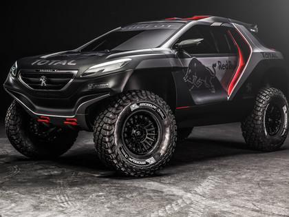 VIDEO, FOTO: Peugeot atrāda savu Dakaras rallija monstru
