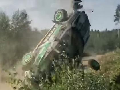 VIDEO: Norvēģu sportists otro gadu pēc kārtas Somijas WRC piedzīvo smagu avāriju