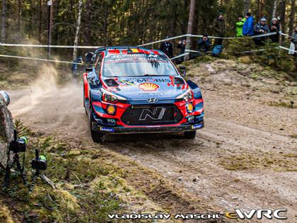 VIDEO: Rovanpera ātrākais Zviedrijas WRC treniņos