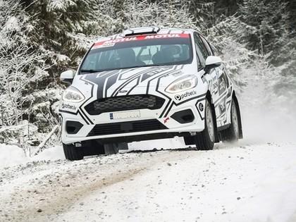 Nitišs veiksmīgi sasniedz finišu Somijas rallijā