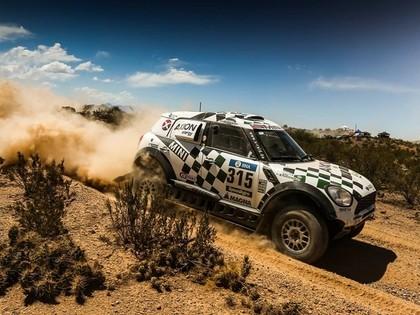 Dakaras rallija priekšpēdējā posmā ātrākais WRC pilots Hirvonens