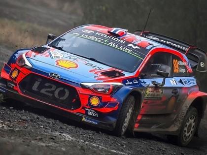 Čīles WRC treniņos ātrākais Mikelsens, 'Citroen' piloti sāk lēni (VIDEO)