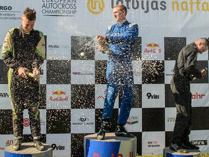 Grenči izcīna godalgotas vietas Eiropas autokrosa čempionāta posmā Mūsas trasē