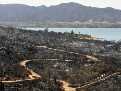 Meža ugunsgrēki izposta Argentīnas WRC un Dakaras rallija apkārtni (FOTO)