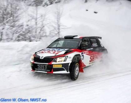Grjazins pārspēj ātrākos norvēģus un uzvar sniegotajā 'Sigdalsrally' rallijā (VIDEO)