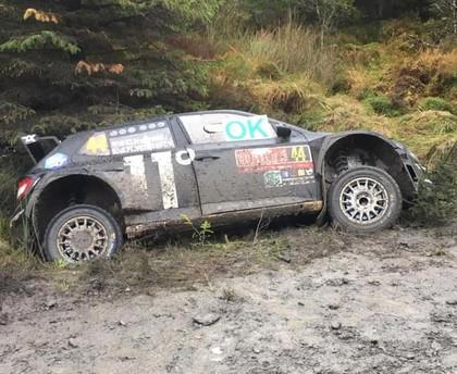 Vairākas ekipāžas pirms 'Rally Liepāja' iesildās Velsas WRC