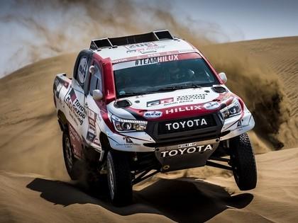 Pēc Dakaras rallija 4.posma Al-Atija palielina pārsvaru, Lēbs pārsit trīs riepas