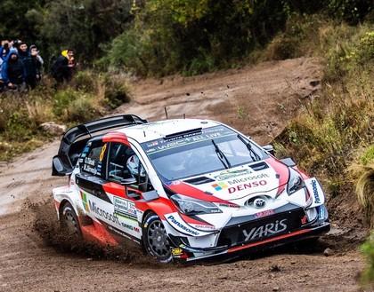 Tanaks kļūst par Argentīnas WRC rallija līderi (VIDEO)