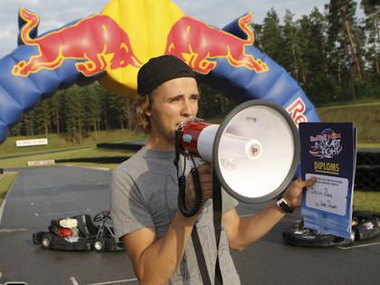 Otro gadu pēc kārtas Latvijā notiks Red Bull Kart Fight kartinga amatieru sacensības