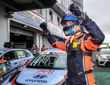 Noivilam lieliska debija Vācijas TCR autošosejas sacensībās