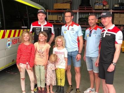 Tanaks veic ziedojumu ugunsdzēsējiem, WRC komandas ziedo pārtiku