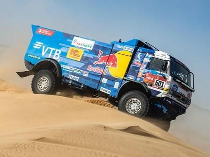 Sainss soli no savas trešās uzvaras Dakaras rallijā, Kamaz tuvu dubultuzvarai