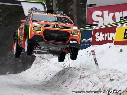 Ostbergs Zviedrijas WRC juties nobijies pie 'Citroën C3 R5' stūres