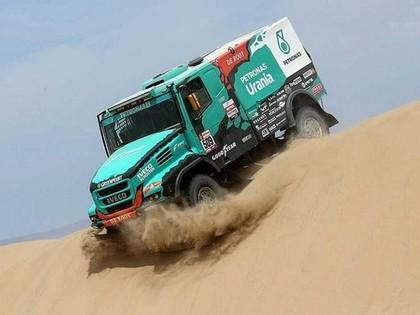 Viens no smago automašīnu klases līderiem spiests izlaist Dakaras ralliju