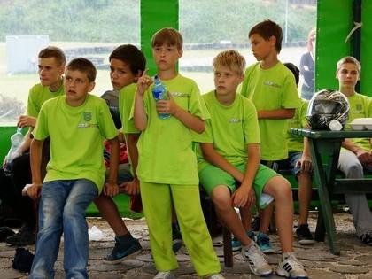 Šlēgelmilha vadībā jaunie kartingisti aizvada pirmās sacensības