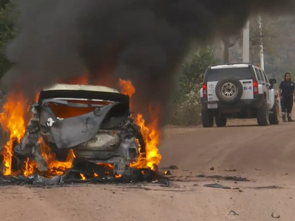 Ožjē pārņem vadību Meksikas WRC, Lapi sadeg automašīna (VIDEO)
