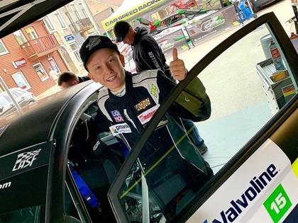 Bijušā WRC pilota Armīna Švarca 15 gadus vecais dēls sāk savas rallija gaitas Latvijā