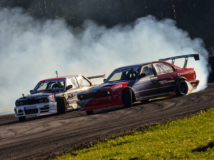 Latvijas drifta finālā uzvar čempions Jēkabsons, Siliņš un Krēsliņš (FOTO)