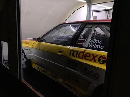 Brāļu Velmes sporta automašīna sāk ceļu uz vēsturisko Leģendu ralliju (FOTO)