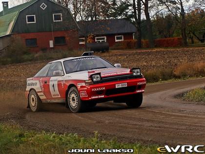 Latvala paņem no muzeja 'Toyota Celica GT-Four' un uzvar Somijas rallijā