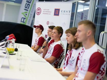Latvijas komanda gatava FIA 'Motorsport Games' sacensībām (FOTO)