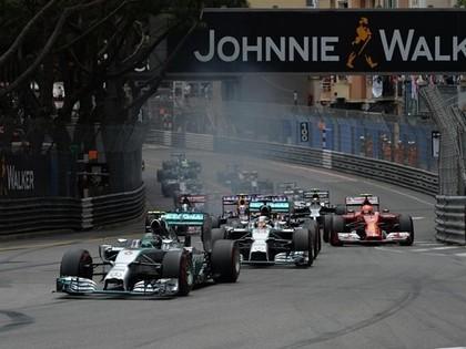 Avārijām bagātajā Monako F1 posmā uzvar Rosbergs (FOTO)
