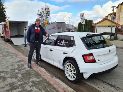 Notkus īsteno sapni un iegādājas 'Škoda Fabia R5'